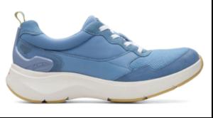 Clarks Wave 2.0 walking shoes